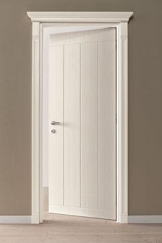 Porta a battente in legno in stile classico by Scandola Mobili