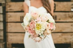 loving the pastels in the bouquet