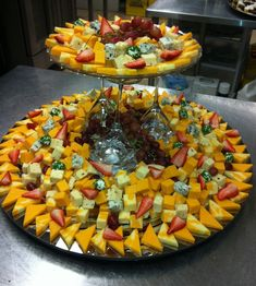 New Ideas For Fruit Tray Ideas For Graduation Wedding Reception Appetizers For Party, Appetizer Recipes, Reception Food, Wedding Reception, Cheese Party, Veggie Tray, Food Displays, Food Platters, Cheese Platters