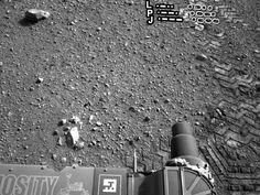Mars Curiosity Rover 'Tags' Surface Of Mars With Wheel Graffiti | TPM Idea Lab