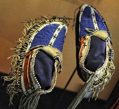 indian moccasins | American Indian beaded moccasins | Ip/na/fn | Pinterest