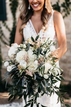 Louis-based florist for weddings, corporate, special and nonprofit events on Sisters Floral Design Studio… Bridesmaid Bouquet, Wedding Bouquets, Bridesmaids, Wedding Flowers, Wedding Dresses, Boho Style, Wedding Designs, Blush Pink, Boho Fashion
