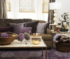 Modern living room with purple rug, chocolate brown sofa couch, purple cushions and brown curtains purple living room home decor home ideas living room ideas Living Room Colors, Living Room Grey, Home And Living, Living Room Designs, Modern Living, Bedroom Colors, Living Area, Sofa Colors, Feng Shui Colores
