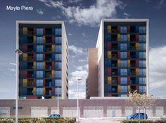 Frentes de dos edificios de apartamentos