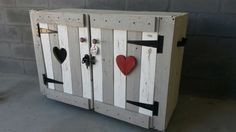Houtgoed   Goeters met Liefde Funky Junk, Lockers, Locker Storage, Cabinet, Furniture, Home Decor, Clothes Stand, Decoration Home, Room Decor
