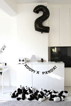 Little Big Company | The Blog: Super Cute and Creative Panda Party by Little Paper Plate Events