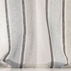LINDOS col. 004 by Dedar - An extra-width linen with a gauze effect that is fine, light, flimsy and transparent. It hangs sedately and elegantly.