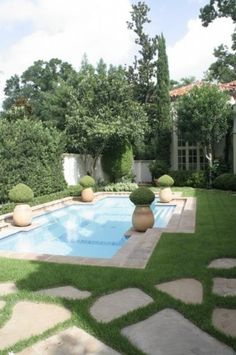 Mediteranean pool, McDugald-Steele Landscape Architects, Houston TX