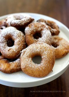 """AppelBeignets - I had something similar at a pumpkin festival in NH once, the Boy Scouts called them """"apple donuts""""."""