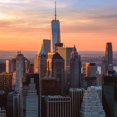 New York City by https://t.co/UOxoHHrMhi in #sunset in phlow