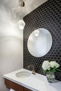 Small black and white bathroom white bathroom wall tiles small black hex tiles on the bathroom Black Hexagon Tile, Black Tiles, Hexagon Tiles, Mosaic Tiles, Hexagon Tile Backsplash, Black And White Backsplash, Hex Tile, Bad Inspiration, Bathroom Inspiration