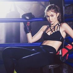"348 Likes, 4 Comments - Gigi Hadid (@gigi.hadid.the.princess) on Instagram: ""#gigihadid #reebok #gigi #box #boxing #myprincess #loveshe #sobeautiful #giforce #gifans #gigi #g…"""