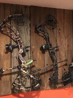 Obsession DefCon M6 and Mathews Halon 6 compound bows