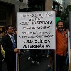 Ronaldo, inimigo do povo brasileiro.