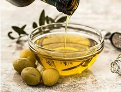 Tips for beautiful hands Best Hair Oil, Healthy Liver, Healthy Eats, Milk Shakes, Oil Benefits, Health Benefits, Best Essential Oils, Fat Burning Foods, Snacks