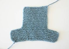 Baby Knitting Patterns Dishcloth EASY Cuffed Baby Booties Free Knitting Pattern by Gina Michele Knit Baby Booties Pattern Free, Easy Baby Knitting Patterns, Crochet Baby Blanket Beginner, Baby Patterns, Free Knitting, Knitting Basics, Knitted Baby Boots, Knitted Booties, Crochet Baby Booties