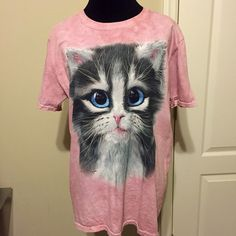 Cat Lovers tshirt! Adorable pink size Medium Here kitty kitty!! So cute! Size M Tops Tees - Short Sleeve