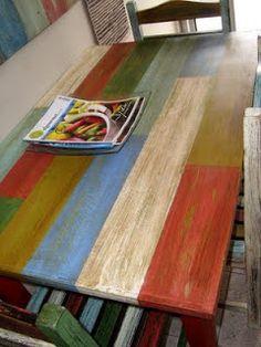 Se realizo un trabajo de encintado, luego se coloco cera con un pincel gastado en forma de raye, se pinto de varios colores en latex, se des... Funky Painted Furniture, Refurbished Furniture, Colorful Furniture, Paint Furniture, Rustic Furniture, Furniture Makeover, Diy Furniture Projects, Woodworking Furniture, Woodworking Inspiration