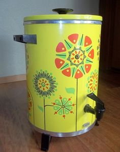 cool coffee maker...love the colors!
