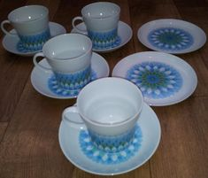 Noritake Retro Style Tea Set, £18.00 by Vintybits:   Here is a Noritake tea set comprising of 4 cups and saucers and two side plates.  The décoration is very retro in blue and lime, what looks like feathers, that come halfway up each cup.  The base is marked with Younger Image China, Japan and the decoration is called Bahama with the numbers 6922 and 216553 on the bottom.  One cup has very small chip.  SAVE ON P&P - buy more than one item on the same day from Vintybits and we will be…