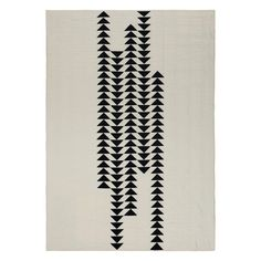 """Love the alternating off-center geese in this """"Migration"""" quilt by S.D. Evans."""
