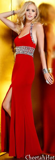 Stand out at this year's 2020 Prom with Peaches Boutique's vast Selection of Prom Dresses & Gowns. Browse our collection and pick one that you like best. Red Fashion, Fashion Dresses, Womens Fashion, Couture Fashion, Red Jewel, Designer Gowns, Designer Bags, Your Turn, Beautiful Gowns