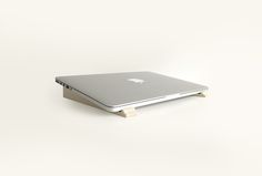 Laptop Stand. Natural. Ecofriendly. Lightweight. Design. Humbleworks.uk