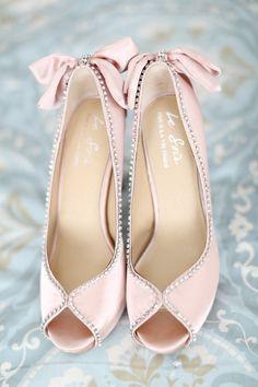 Zapatos y complementos para novia…