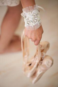 wedding jewelry Bracelet - Ivory lace, bridal cuff Bracelet, pearls and rhinestone, Embroidered cuff  Bracelet  jewelry, Sparkle