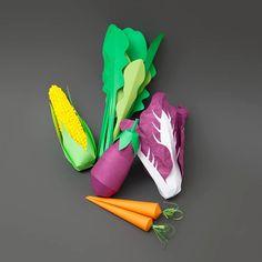Papercraft – Une photographe met en scène ses modèles avec des accessoires en papier (image)