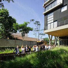 Idea Zarvos & colaboradores, São Paulo, Brasil: Atelier Triptyque @ Fidalga 727
