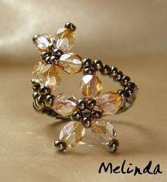 Melinda gyöngyékszerei: viráGyűrűk / floweRings