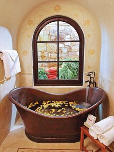 Beautiful, Luxurious Bathtub Ideas and Inspiration from HGTV