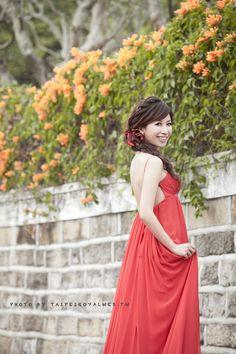 red dress紅色晚禮服 Photo by Taipeiroyalwed.tw