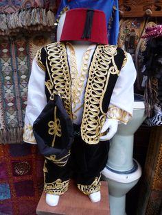 Traditional outfit for boys - Sidon, Lebanon Lebanon Independence Day, Baalbek, Traditional Outfits, Boy Outfits, Costumes, Boys, Womens Fashion, Jackets, Clothes