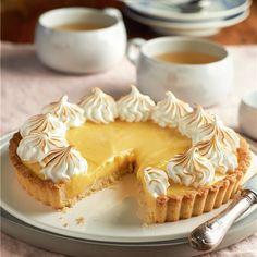 Recetas tartas Varias. Köstliche Desserts, Delicious Desserts, Lemon Pie Receta, Good Pie, Pastry And Bakery, Pie Cake, Sweet Tarts, Cooking Time, Cupcake Cakes