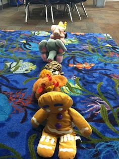 Using puppets/animals to show kiddos how a line should look and work! Oh man, totally doing this with the pre-k class at the gym next week! Kindergarten Behavior, Kindergarten First Day, New Classroom, Kindergarten Classroom, Classroom Routines, Classroom Ideas, 1st Day Of School, Beginning Of The School Year, Circle Time Activities
