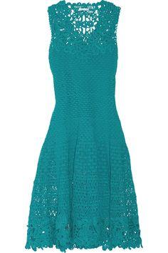 Бирюзовое платье крючком с элементами ирландского вязания из весенне-летней коллекции Оскара Де Ла Рента 2014. Turquoise dress crochet Oscar de la Renta. Spring-summer 2014 #Oscar_de_la_Renta. #crochet_dress #crochet_summer_dress #Turquoise_dress