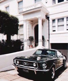 Love this black classic Mustang – Cars is Art Maserati, Ferrari, Ford Mustang Shelby, Mustang Cars, 1967 Mustang, Fort Mustang, Mustang Bullitt, Mustang Fastback, Vintage Jeep