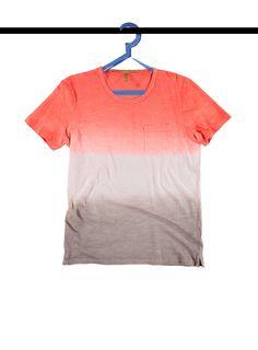 #Maglia #Tshirt a strisce. Scopri la #collezione #Estate e rinfresca il tuo #armadio.   #Summer #moda #fashion #modauomo #modadonna #fashionman #fashionwoman #summercollection #shopping #iloveshopping #store