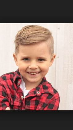 Seriously adore this cut for my boys. Maybe we'll try this today when I take Jack for his cut... :)