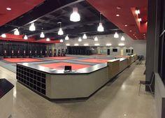 ATA floor color light Jiu Jitsu Mats, Jiu Jitsu Gym, Karate School, Karate Dojo, Academia Jiu Jitsu, Boxing Gym Design, Martial Arts Gym, Fight Gym, Mma Gym