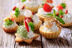 Canapes de Blue Cheese y Nuez.