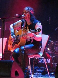 Adam Ant Dirk Wears White Sox.  Islington Assembly Halls.  London  November 21, 2014.