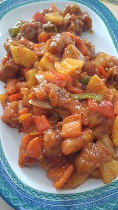 Cerdo Agridulce casero. Debes tener hecho por un lado el cerdo, las verduras y por último la salsa y juntarlo todo.