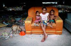 Favelas  http://www.upsocl.com/mundo/39-imagenes-de-las-favelas-de-rio-de-janeiro-que-no-veras-en-la-tv/
