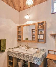 親子2世帯で暮らすプロヴァンス風のおうち - かわいい家photo Natural Interior, Double Vanity, Diy And Crafts, Bathroom, House, Home Decor, Bath, Color, Washroom