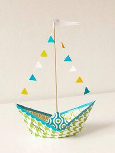 Tutorial DIY: Jak zrobić statek origami przez DaWanda.com