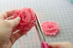Tutorial on how to make flower baby sandals