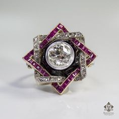 Period: Art deco (1920-1935) Composition: Platinum Stones: - 1 Old mine cut diamond of J-VS2 quality that weighs 1.65ctw. - 25 Rose cut diamonds of J-SI1 quality that weigh 0.40ctw. - 27 naturals squa